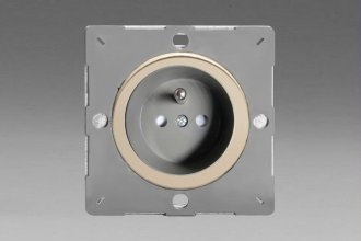 Varilight European Satin Chrome VariGrid 1 Gang 16A Socket with Pin Earth, Flush Design