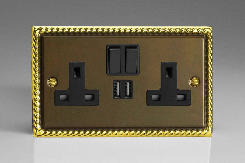 XA5U2SB Varilight 2 Gang 13A Single Pole Switched Socket + 2 x 5V DC 2100mA USB Charging Ports, Black Insert & Switches. Classic Antique Georgian Polished Brass Effect