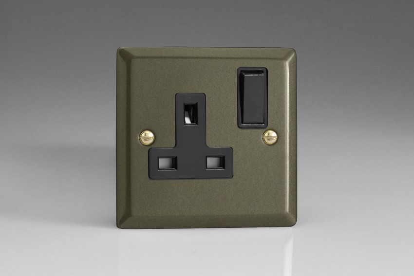 XP4B Varilight 1 Gang (Single), 13 Amp Switched Socket, Classic Graphite 21