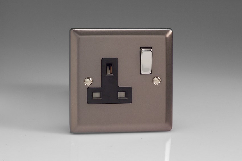XR4DB Varilight 1 Gang (Single), 13 Amp Switched Socket, Classic Pewter