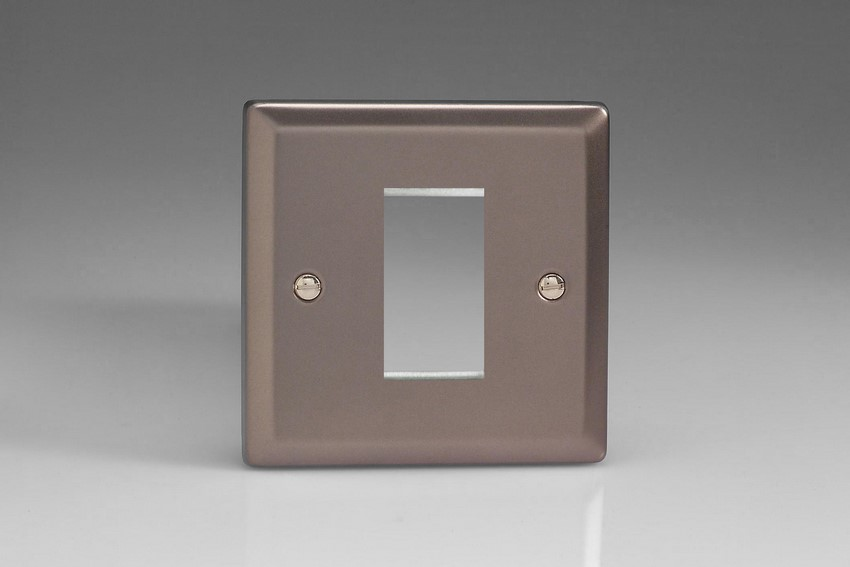 XRG1 Varilight Single Size Data Grid Face Plate For 1 Data Module Width, Classic Pewter