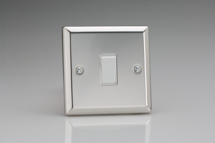 XC20W Varilight 1 Gang (Single), 1 Way 20 Amp Switch, Classic Polished Chrome (also known as Classic Mirror Chrome)