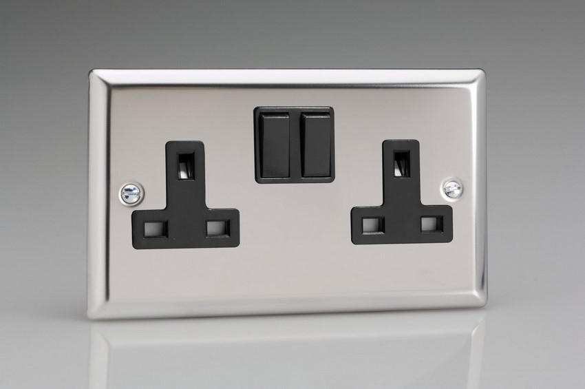 XC5B Varilight 2 Gang (Double), 13 Amp Switched Socket, Classic Polished Chrome (also known as Classic Mirror Chrome)