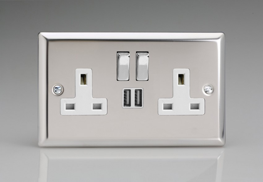 XC5U2SDW Varilight 2 Gang 13A Single Pole Switched Socket + 2 x 5V DC 2100mA USB Charging Ports, White Insert & Polished Chrome Switches. Classic Polished Chrome
