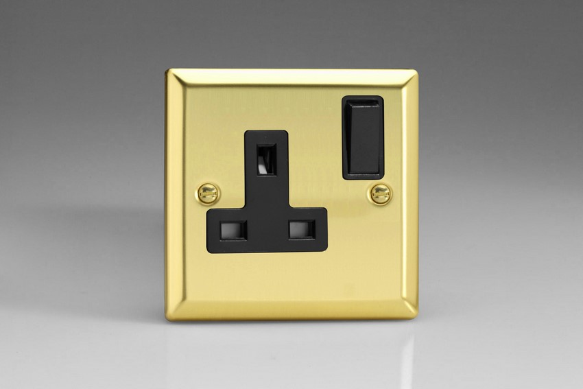 XV4B Varilight 1 Gang (Single), 13 Amp Switched Socket, Classic Victorian Polished Brass Effect