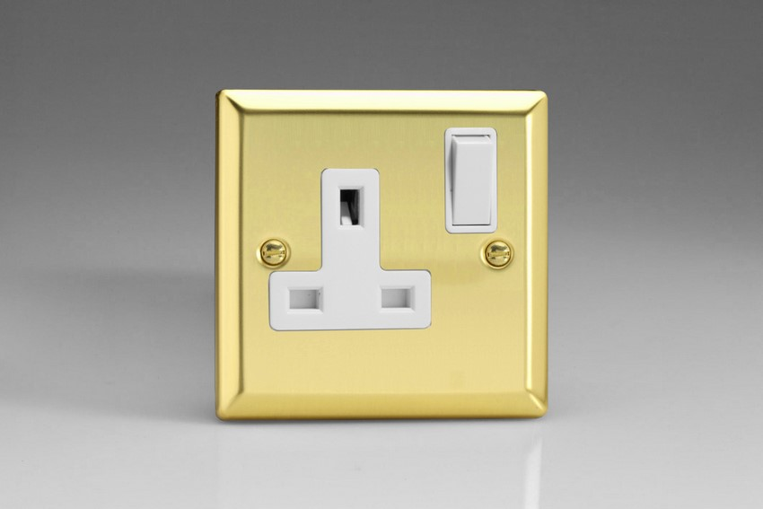 XV4W Varilight 1 Gang (Single), 13 Amp Switched Socket, Classic Victorian Polished Brass Effect