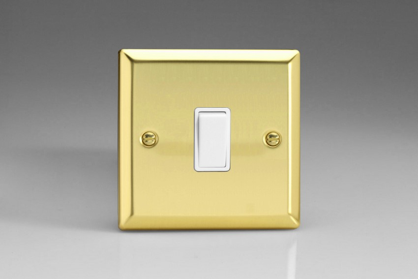 XV7W Varilight 1 Gang (Single), (3 Way) Intermediate 10 Amp Switch, Classic Victorian Polished Brass Effect