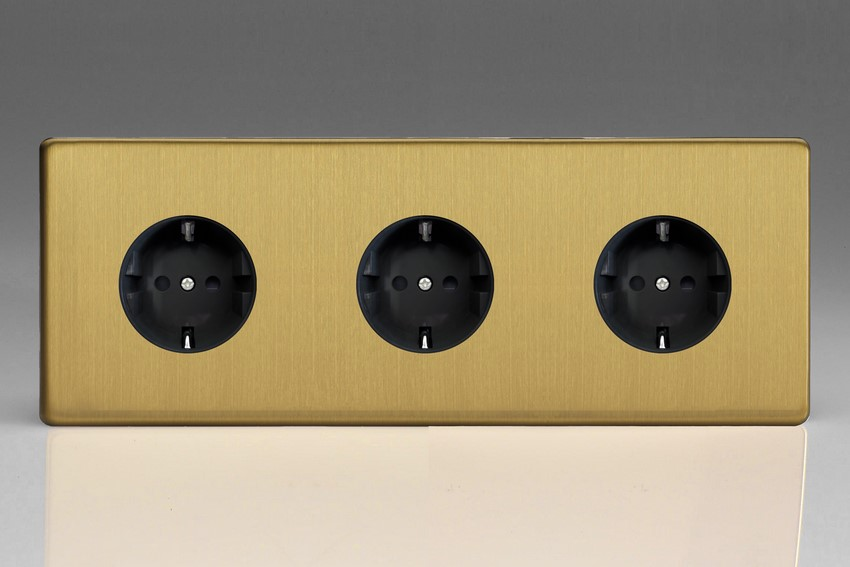 XEB555FB Varilight European 3 Gang (Triple), Schuko Flush Design Socket, Dimension Screwless Brushed Brass (Triple Plate)