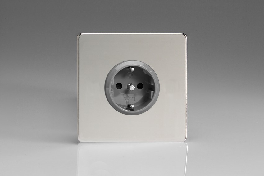 XEC5S Varilight European 1 Gang (Single), Schuko Protruding Design Socket, Dimension Screwless Polished Chrome