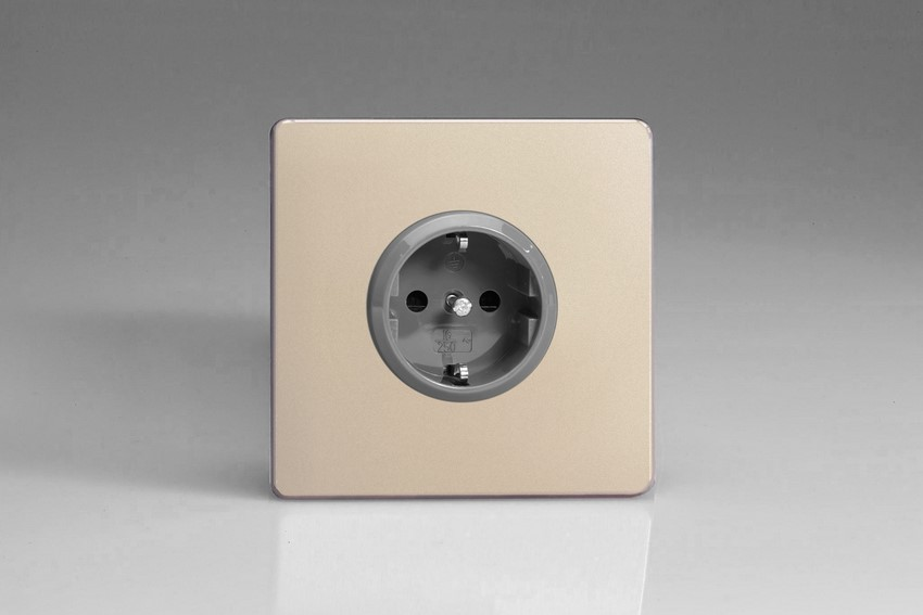 XEN5S Varilight European 1 Gang (Single), Schuko Protruding Design Socket, Dimension Screwless Satin Chrome