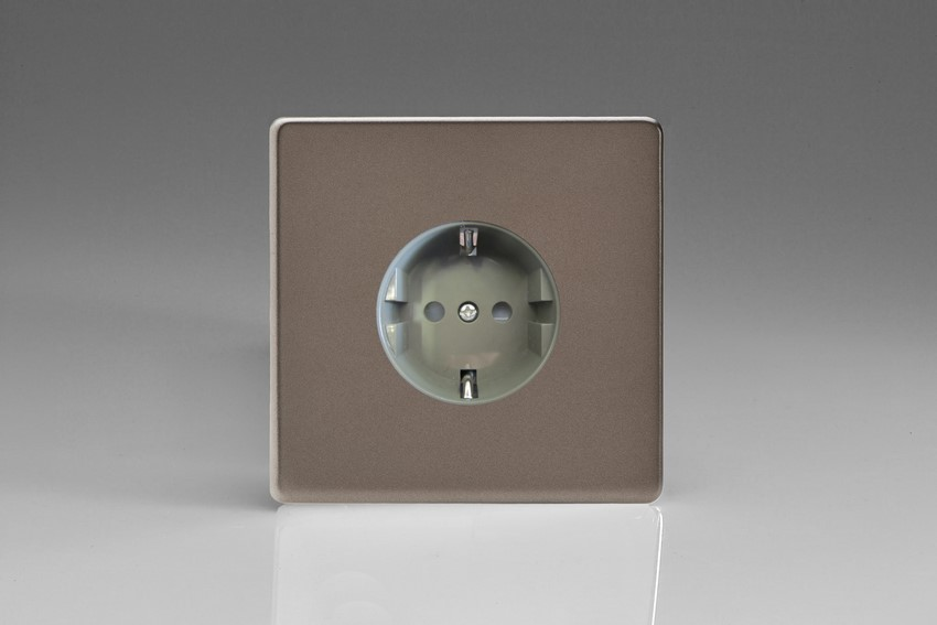 XER5FG Varilight European 1 Gang (Single), Schuko Flush Design Socket, Dimension Screwless Pewter