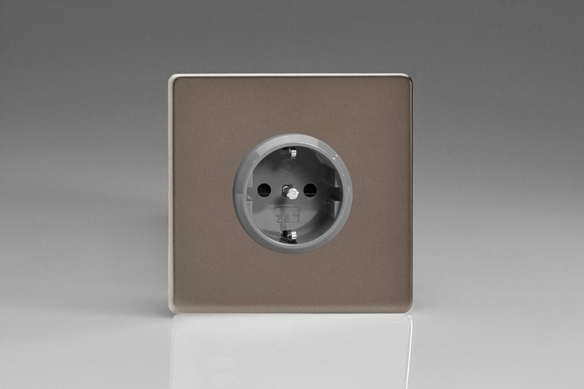 XER5S Varilight European 1 Gang (Single), Schuko Protruding Design Socket, Dimension Screwless Pewter