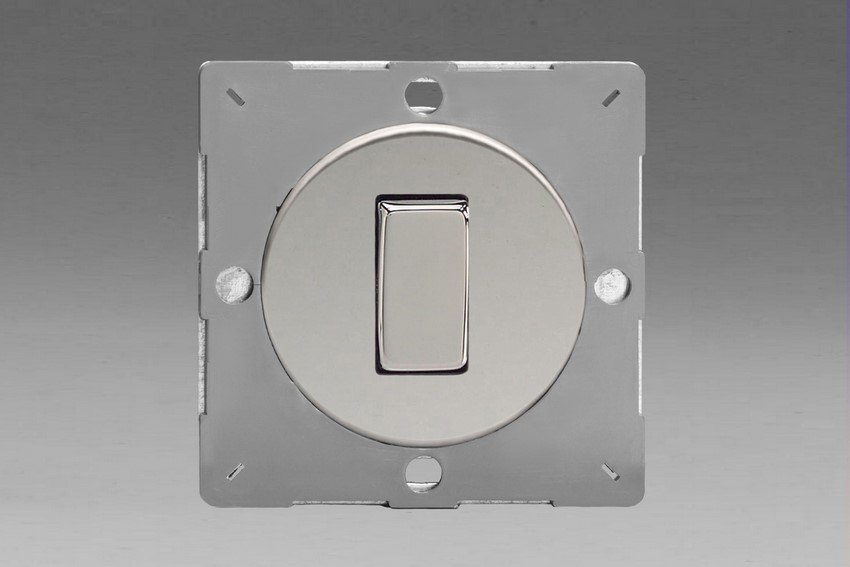 Z1EG1C-P Varilight European VariGrid 1 gang 1 or 2 Way 10A Rocker Polished Chrome Switch, for use with VariGrid Single, Double and Triple Faceplates