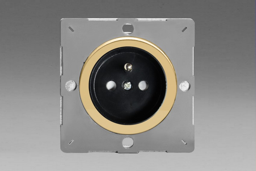 Z1EG4FBV-P Varilight European VariGrid 1 gang 16A Socket with Pin Earth, Flush Design, for use with VariGrid Single, Double and Triple Faceplates