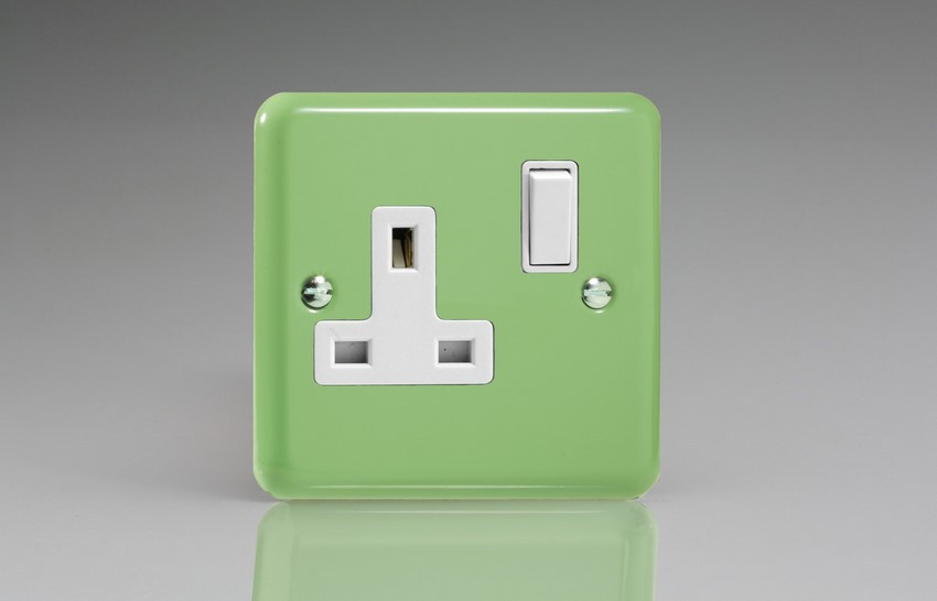 XY4W.BG Varilight 1 Gang (Single), 13 Amp Switched Socket, Classic Lily Beryl Green