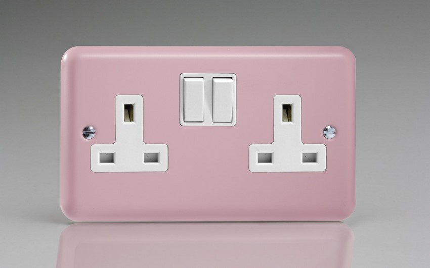 XY5W.RP Varilight 2 Gang (Double), 13 Amp Switched Socket, Classic Lily Rose Pink