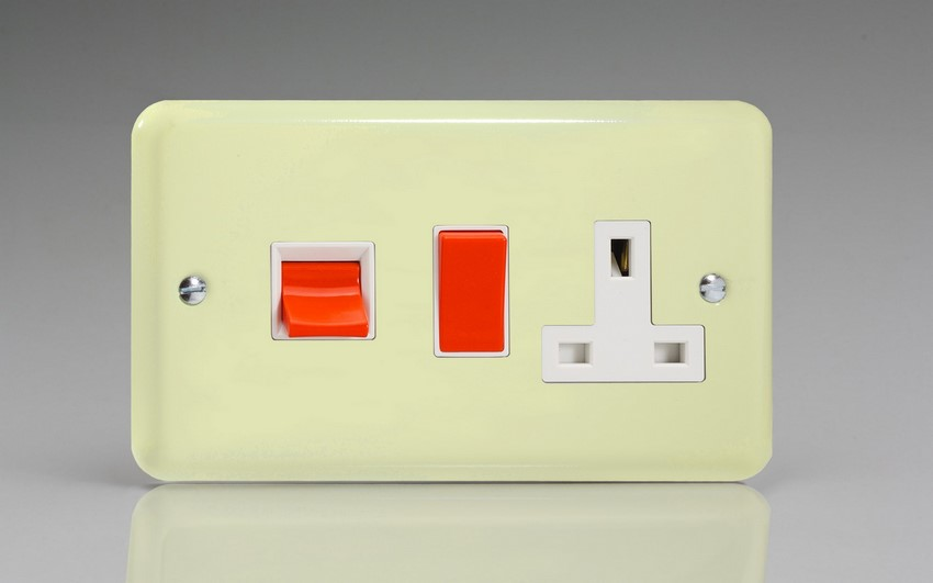XY45PW.WC Varilight 45 Amp Cooker Panel with 13 Amp Switched Socket (Horizontal Double Size), Classic Lily White Chocolate