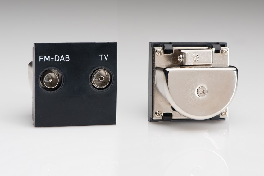 Z2GTVFMB Varilight Diplex TV/FM (including DAB Digital Radio) Module in Black. Use with Varilight Data Grid Plates