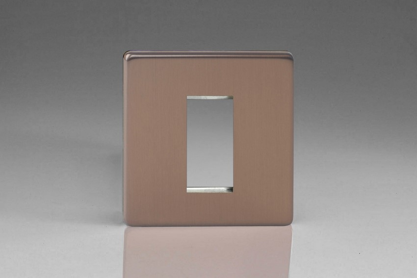 Varilight 1 Gang Data Grid Face Plate For 1 Data Module Width Screwless Brushed Bronze