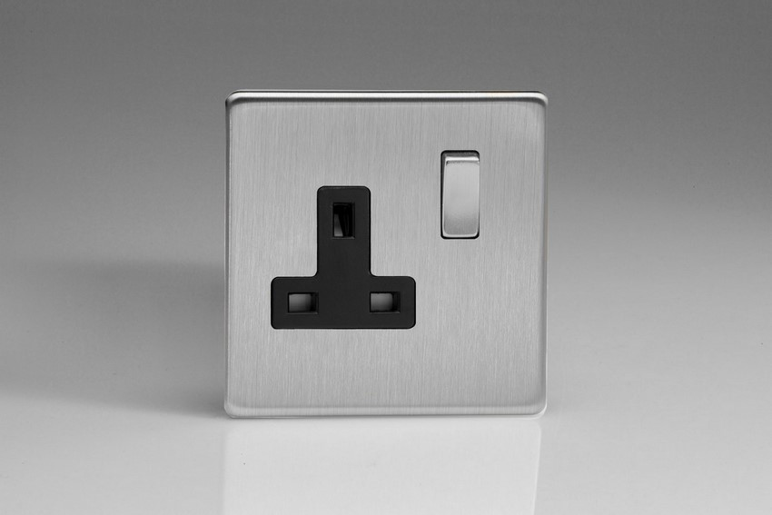 XDS4BS Varilight 1 Gang (Single), 13 Amp Switched Socket, Dimension Screwless Brushed Steel