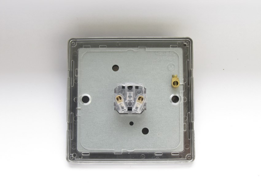 XDCM1S Varilight 1 Gang (Single), 1 Way, 6 Amp Impulse Retractive Switch (Push To Make), Dimension Screwless Polished Chrome