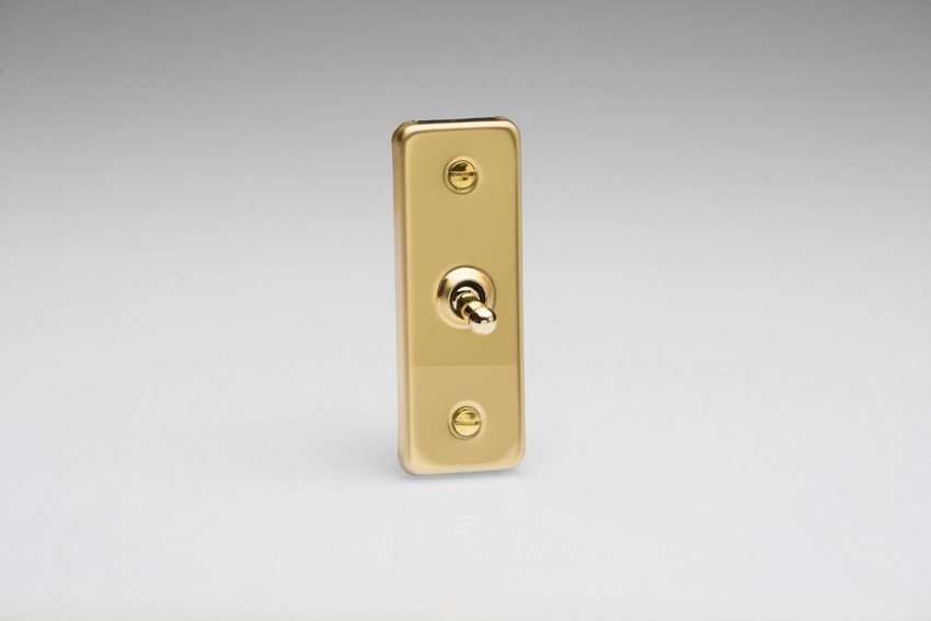 XVAT1 Varilight 1 Gang, 1 or 2 Way 10 Amp Architrave Toggle Switch, Polished Brass Effect