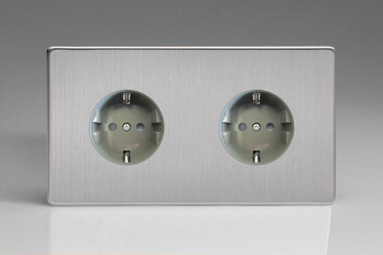 XES55FG 2-Gang 16A Flush Socket with Schuko Earth