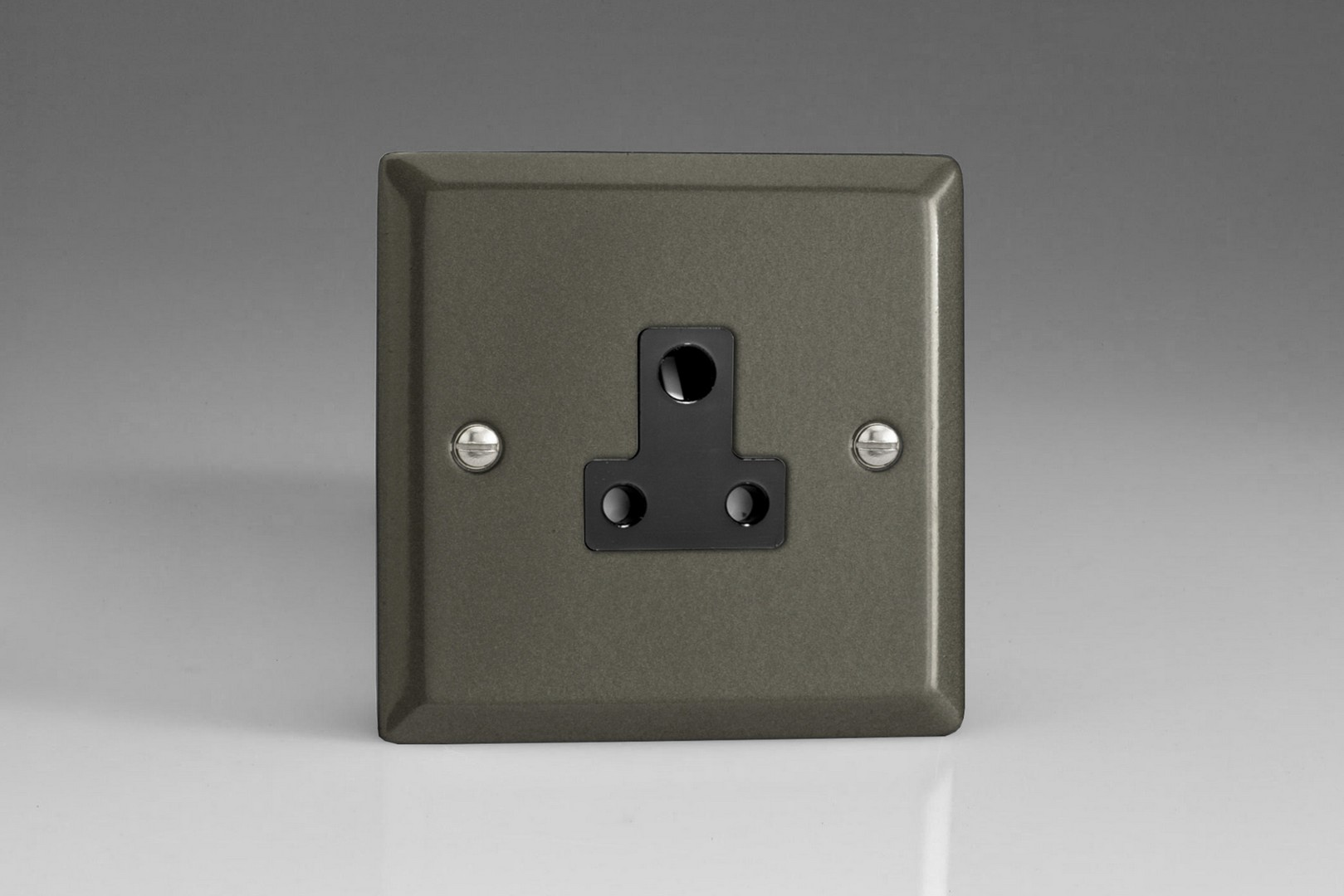XPRP5AB Varilight 1-Gang 5A Round Pin Socket Classic Graphite 21