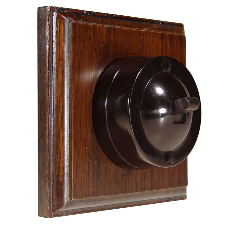 1 Gang Bakelite Switch Brown Dolly On A Solid Dark Oak Base