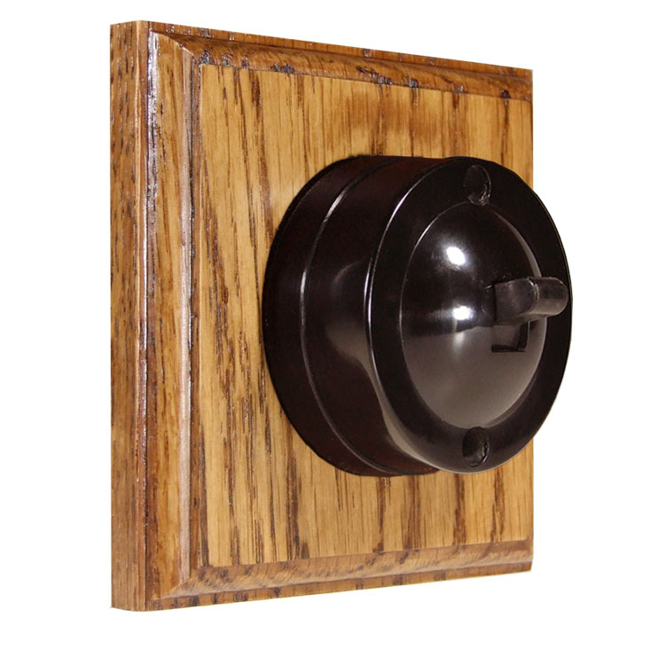 1 Gang Bakelite Switch Brown Dolly On A Solid Medium Oak Base