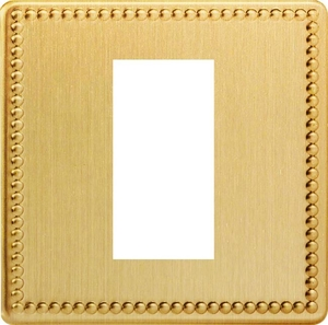 XDYG1S.JB Varilight Single Size Data Grid Face Plate For 1 Data Module Width, Dimension Screwless Jubilee Brushed Brass Effect
