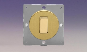 Z1EG1B-P Varilight European VariGrid 1 gang 1 or 2 Way 10A Rocker Polished Brass Switch, for use with VariGrid Single, Double and Triple Faceplates