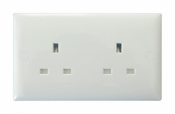 XO5UW-P Varilight 2 Gang (Double), 13 Amp Unswitched Socket, White Moulded Bevel