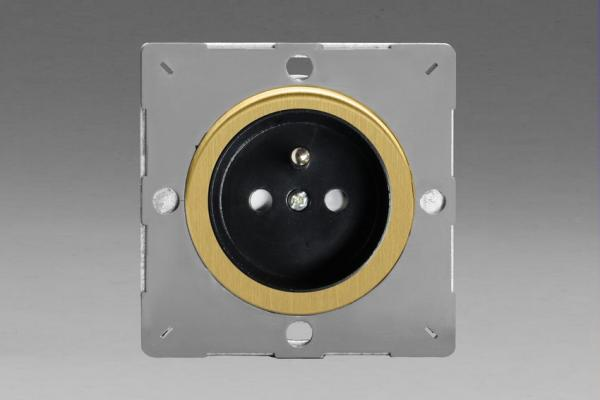 Z1EG4FBB-P Varilight European VariGrid 1 gang 16A Socket with Pin Earth, Flush Design, for use with VariGrid Single, Double and Triple Faceplates